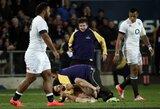 Naujosios Zelandijos ir Anglijos regbininkų akistatą trumpam nutraukė nuogas sirgalius