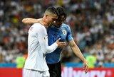 Pamatykite: kilniai pasielgęs C.Ronaldo padėjo traumuotam E.Cavani palikti aikštę