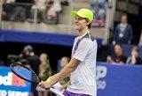 18-metis J.Sinneris pateko į ATP turnyro pusfinalį ir užfiksavo penkerius metus neregėtą pasiekimą, tolyn žengė ir A.Murray'us (papildyta)