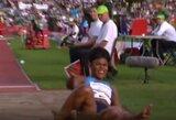 """Apsijuokė: """"Deimantinės lygos"""" varžybose sportininkei po šuolio nukrito perukas"""