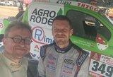 B.Vanago automobilis vertėsi antrajame Dakaro ralio etape, bet jis sulaukė V.Žalos ir S.Jurgelėno pagalbos
