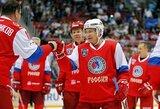 Gausių plojimų Sočyje sulaukęs V.Putinas pelnė šešis įvarčius ir pamokė ledo ritulio legendas, kaip reikia žaisti būnant 64-erių metų