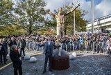 Pamatykite: Švedijoje atidengta Z.Ibrahimovičiaus skulptūra
