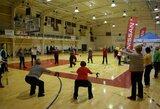 Nemokamos sporto treniruotės sutraukia šimtus žmonių