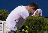 Po alinančio mūšio A.Murray'us pasitraukė iš karto iš dviejų turnyrų