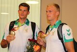 Į Lietuvą grįžo aukso medalius Universiadoje iškovoję šalies irkluotojai