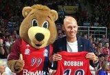 """Vokietijos krepšinio čempionato finalo rungtynes tarp """"Bayern"""" ir ALBA komandų stebėjo A.Robbenas"""