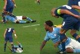 Čempionų lygoje Pepe užsipuolė R.Sterlingą: stebimasi, kaip išvengė raudonos kortelės