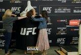 """""""UFC 238"""" svėrimai: prieš titulinę kovą J.Eye teko išsirengti nuogai"""