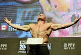 Po spyrio į galvą įniršęs B.Lesnaras privertė cenzūruoti WWE transliaciją