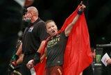 """UFC čempionės titulą iškovojusi W.Zhang: """"Manau, kad dabar visos nori kovoti su manimi, nes aš esu čempionė"""""""