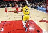 """Siautėjęs L.Jamesas nutraukė """"Lakers"""" pralaimėjimų seriją"""