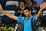 """""""Geležinis žmogus"""" N.Djokovičius po 350 dvikovų pertraukos nebaigė teniso mačo"""