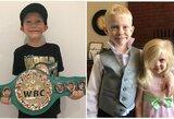 Dėl sesutės pasiaukojęs 6-metis berniukas atsiėmė WBC čempiono diržą (papildyta)