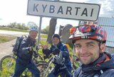 V.Švedas su kolegomis rado alternatyvą lenktynėms: dviračiais aplink Lietuvą