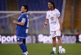 Netikėtas Ronaldinho planas: žada grįžti į didįjį futbolą ir suvienyti jėgas su D.Maradona