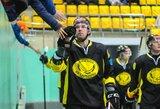 Pamatykite: pirmasis šio sezono T.Kumeliausko įvartis VHL pirmenybėse