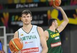 """D.Lavrinovičius apie konfliktą su amerikiečiu: """"Nežinau, kodėl jis mane puolė, nes žaidžiame krepšinį, o ne mušamės"""""""