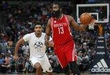 """Ketvirtą trigubą dublį paeiliui atlikęs J.Hardenas ištempė """"Rockets"""" į pergalę"""