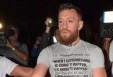 Nukentėjęs C.McGregoro gerbėjas padavė airį į teismą ir reikalauja atlyginti žalą ne tik už sutryptą telefoną