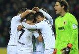 """Trenerį pakeitęs """"Monchengladbach"""" iškovojo pirmą sezono pergalę, """"Borussia"""" prarado pirmuosius taškus"""