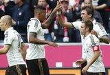 """""""Bayern"""" įveikė """"Hannover"""", """"Schalke"""" pergalę lėmė K.P.Boatengo įvartis (+ kiti rezultatai)"""