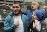 """Ch.Nurmagomedovas: """"F.Mayweatherio žmonės ragino pažeisti UFC kontraktą ir siūlėsi sumokėti baudas"""""""