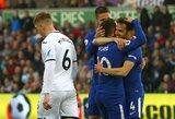 """50-ąjį įvartį """"Premier"""" lygoje pelnęs C.Fabregasas iškovojo """"Chelsea"""" pergalę"""