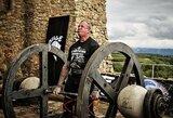 Nyderlandų galiūnas pagerino pasaulio rekordą: atkėlė net 670 kg svorį