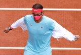 """R.Nadalis """"Roland Garros"""" turnyre nepasigailėjo M.McDonaldo, kylanti JAV žvaigždė eliminavo J.Isnerį"""