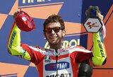 San Marino motociklų GP lenktynėse iškovotą antrąją vietą V.Rossi paskyrė M.Simoncelli'ui
