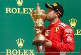 """S.Vettelis paskutiniuose ratuose išplėšė """"Ferrari"""" pirmą pergalę Silverstone per 7 metus"""