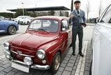 Pamatykite: S.Ramosas į treniruotę atvyko vairuodamas mažą senovinį automobilį