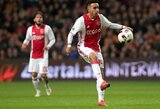 """Širdies smūgį rungtynių metu patyrusio 20-mečio """"Ajax"""" talento karjera baigta – futbolininkui negrįžtamai pažeistos smegenys"""