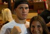 Vyrų gauja įsiveržė į MMA kovotojo namus ir paleido į jį mirtiną šūvį