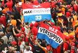 Policininkai sulaikė M.Verstappeno fanų autobusą ir išrašė baudas kiekvienam iš jų