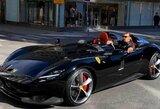"""Z.Ibrahimovičius į Stokholmo gatves išvažiavo su įspūdingu """"Ferrari"""" ir gali gauti baudą"""