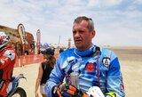 B.Bardausko problemos pirmame Dakaro ralio etape: išsikrovusi baterija ir įvažiavimas į duobę