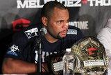 D.Cormier regi kovą su UFC čempionu J.Jonesu