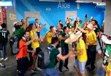 """Pamatykite: Meksikos ir Švedijos sirgalių choras užtraukė """"Bye bye Germany"""" eilutes"""