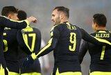 """L.Perezo """"hat-trickas"""" leido """"Arsenal"""" laimėti Čempionų lygos grupę"""