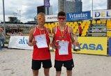 A.Knašas ir A.Mazūras – Rytų Europos jaunių paplūdimio tinklinio čempionato ketvirtfinalyje