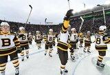 """NHL rungtynėse po atviru dangumi – įspūdingas lankomumas ir """"Bruins"""" pergalė prieš """"Blackhawks"""""""