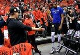 Trauma neatbaidė: NBA komandos toliau žada vilioti K.Durantą