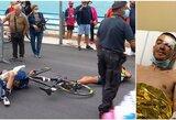 """""""Giro d'Italia"""" lenktynėse – šiurpi avarija, kurią sukėlė sraigtasparnis"""