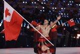 Šalčiausia olimpiada? Tongos vėliavnešys pražygiavo pusnuogis
