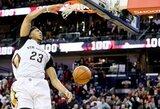 """""""Pelicans"""" atlaikė L.Jameso ketvirtojo kėlinio uraganą ir patiesė """"Cavaliers"""""""