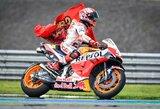 """Ant biliardo stalo šėlęs M.Marquezas šeštą kartą tapo """"MotoGP"""" pasaulio čempionu"""