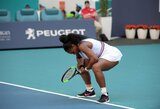 """S.Williams problemos tęsiasi: amerikietė dėl traumos pasitraukė iš """"Miami Open"""" turnyro"""