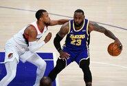 """""""Lakers"""" nutraukė keturių nesėkmių seriją"""